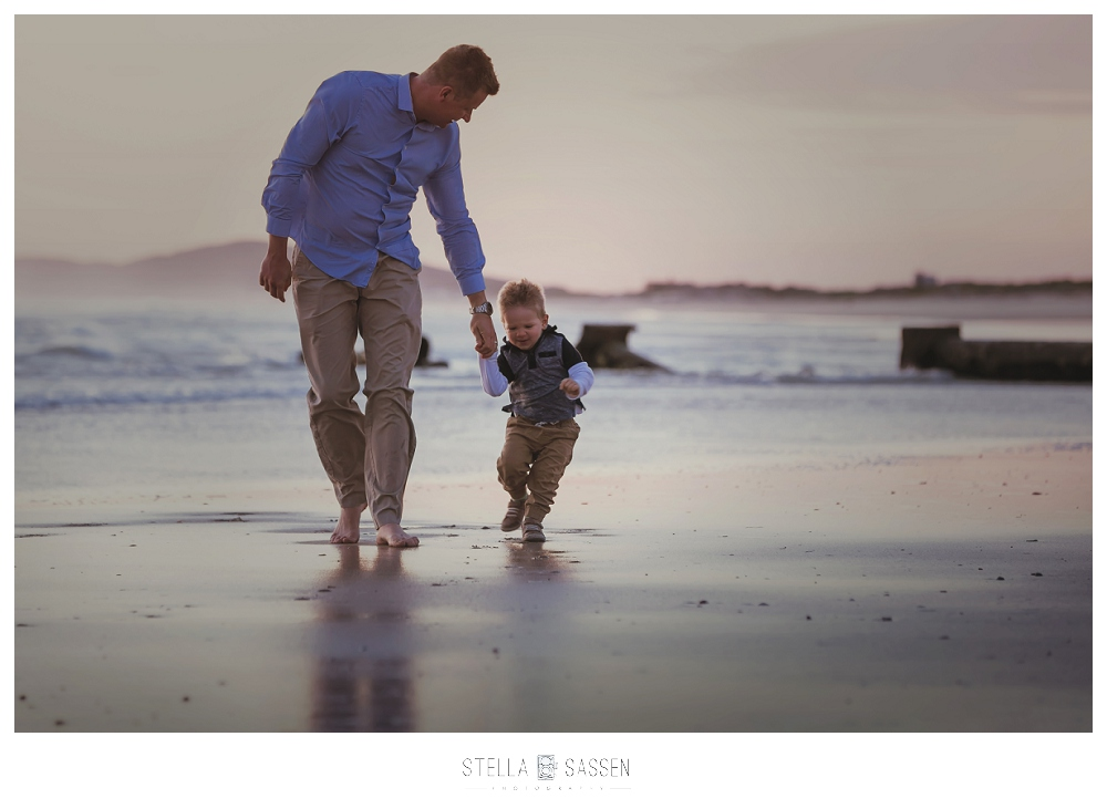 beach-family-creative-spontaneous-photographer